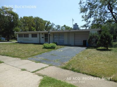 PRICE REDUCTION! Huge Open Spaces, Great Street, 2 Bathrooms, Excellent Yard!