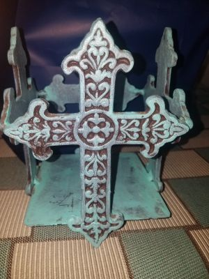 Metal cross square candle holder