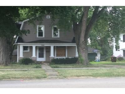 3 Bed 2.5 Bath Foreclosure Property in Freeport, IL 61032 - W Lincoln St