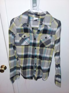 Women's size large O'Neill flannel like new excellent condition