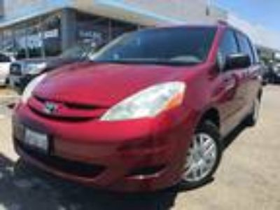 2008 Toyota Sienna CE FWD 8-Passenger Seating Maroon,