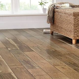 Home Decorators Ann Arbor Oak Laminate Flooring - 97 Square Feet