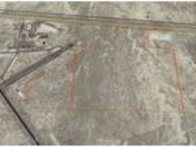 827-Acre Industrial Site Adjacent to Airport