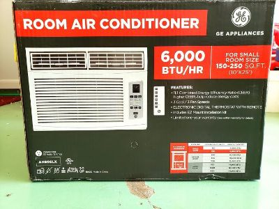 Like New Window Unit Air Conditioner