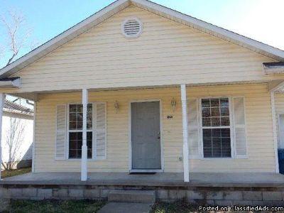 2122 W Perkins St, Joplin, MO 64801