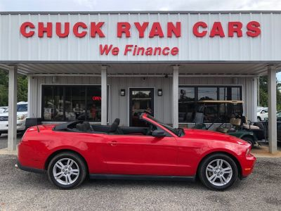 2010 Ford Mustang V6 (Red)