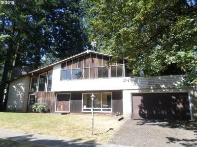 3 Bed 2.5 Bath Foreclosure Property in Portland, OR 97230 - NE 169th Ave