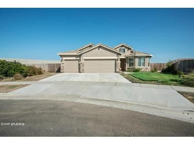 3 Bed 2 Bath Foreclosure Property in Hanford, CA 93230 - W Branch Court