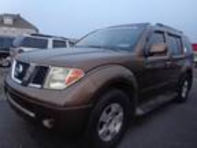 Used 2005 NISSAN PATHFINDER For Sale