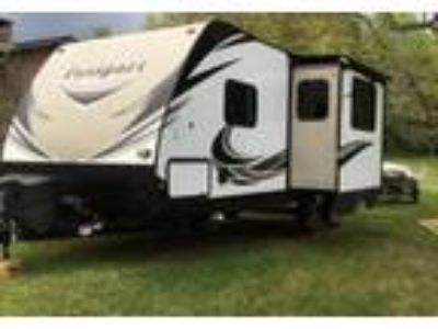 2017 Keystone RV Ultra-lite-Grand-Touring-2400bh Travel Trailer in Morristown