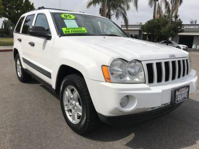 2005 Jeep Grand Cherokee Laredo (Stone White)