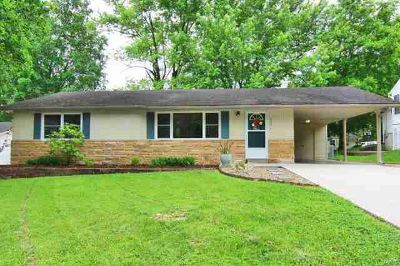 2331 Jean Ann Drive Cape Girardeau Four BR, Spiffy home in great