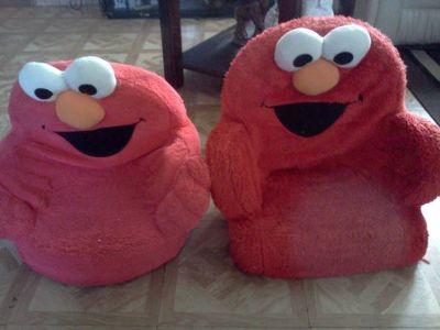 Elmo chairs  fisher price per bag (Brownsville tx)