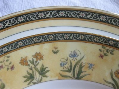 WEDGWOOD India, FIVE COMPLETE PLACE SETTINGS!!!