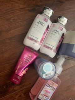 Bath and body works lot