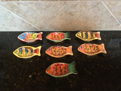 Set of Fish. 3 . All for $2. Quick pick up Wood/Mission