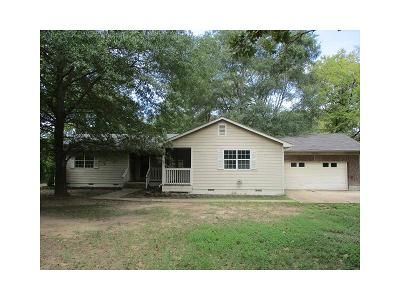 3 Bed 2 Bath Foreclosure Property in Bullard, TX 75757 - County Road 188