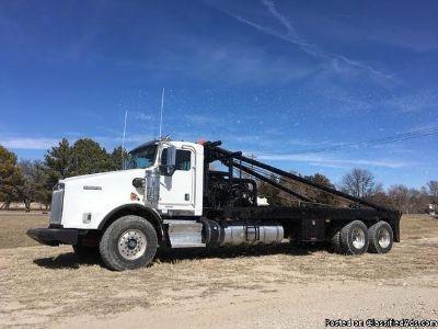 2013 Kenworth T800 Pole Truck