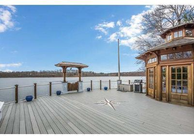 67 Pleasant Valley Rd AMESBURY Four BR, Just in time for summer!