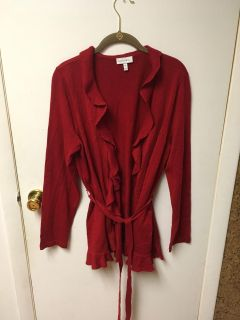 Beautiful sweater from fashion bug new without tag smoke-free pet free home