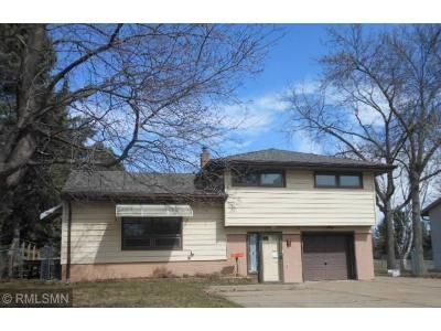 3 Bed 2 Bath Foreclosure Property in Saint Paul, MN 55109 - Mohawk Rd E
