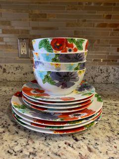 Gorgeous flower plates