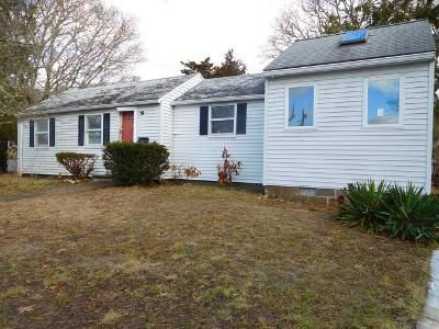 3 Bed 2 Bath Foreclosure Property in Buzzards Bay, MA 02532 - Lincoln Ave
