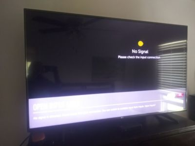 65 inch television 3 years old LG perfect