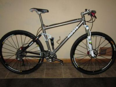 Moots MootoXz 29er mountain bike large 19 Excelent Condition  $1800