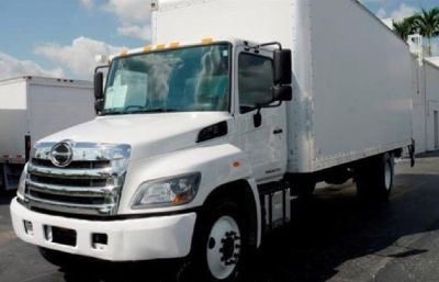 2017 Hino 268 with 26ft van body and liftgate. Truck still has factory warranty!