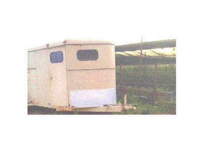1992 CIRCLE J HORSE TRAILER, FOR 3 ...