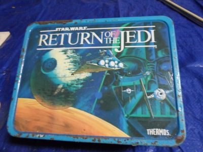 1977 Star Wars lunch box filled with vintage items