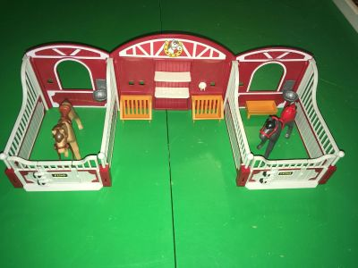 Playmobile horse stable