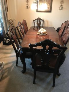 Formal dinning table with 8 chairs