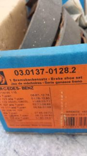 Sell Mercedes parking brake shoe set 126 420 01 20 motorcycle in Scottsdale, Arizona, US, for US $45.00