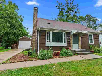 6829 12th Avenue S RICHFIELD Three BR, Nicely updated cute 1 1/2