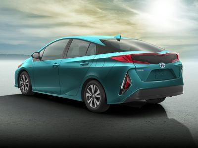 2018 Toyota Prius Prime Plus (Hypersonic Red)