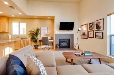 $6581 3 single-family home in Menlo Park