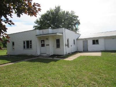 3 Bed 1 Bath Foreclosure Property in Reedsville, WI 54230 - Saint Pats Rd