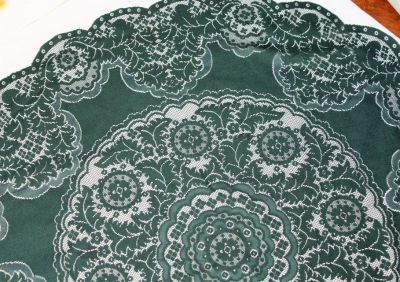 Vintage Collectible Green Lace Doilies Table Linen Kitchen Flower Floral Decor