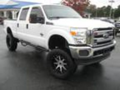 2014 Ford F-250SD XLT Lifted Big Wheels & Tires
