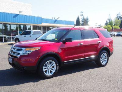 2013 Ford Explorer XLT (Ruby Red)