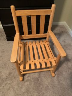 Toddler/kids rocking chair. EUC