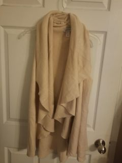 NWOT, Boutique Cream Sweater Vest, Can be worn several ways, L/XL