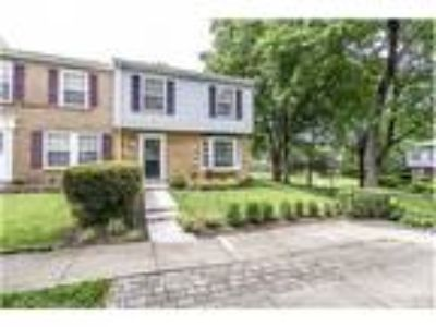 Four BR Townhome In Kingstowne