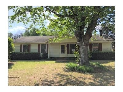 3 Bed 1.1 Bath Foreclosure Property in Aiken, SC 29803 - Henry St