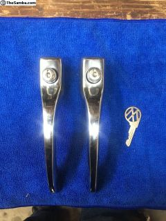 Restored 65-66 bug SS door handles keyed alike