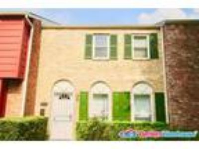 Lovely Three BR, 2.5 BA Town home in Houston, TX