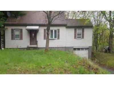 5 Bed 1.5 Bath Foreclosure Property in Wynantskill, NY 12198 - Dodge St
