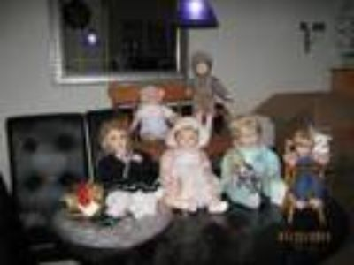 Pamela s Certified Collectible dolls dolls total - Price: .
